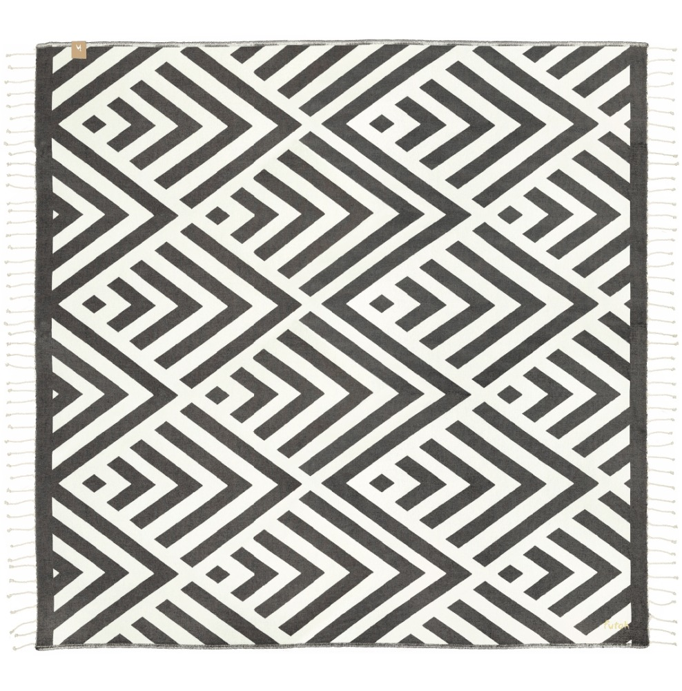 Futah_Beach_Towel_XL_Benagil_Black_White_1