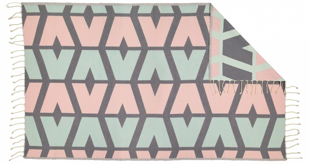Futah_Beach_Towel_cova do vapor pink & green - rev_Back