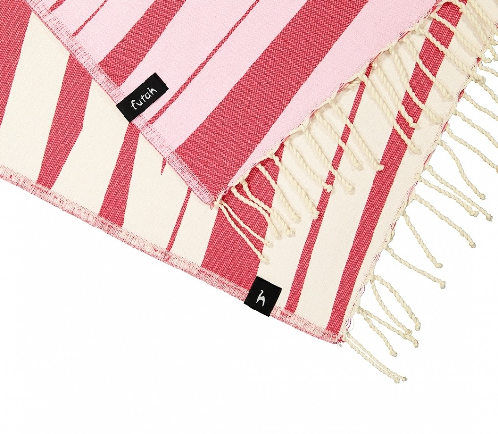 AMOROSA_RED_SINGLE BEACH TOWEL_5600373064323_4