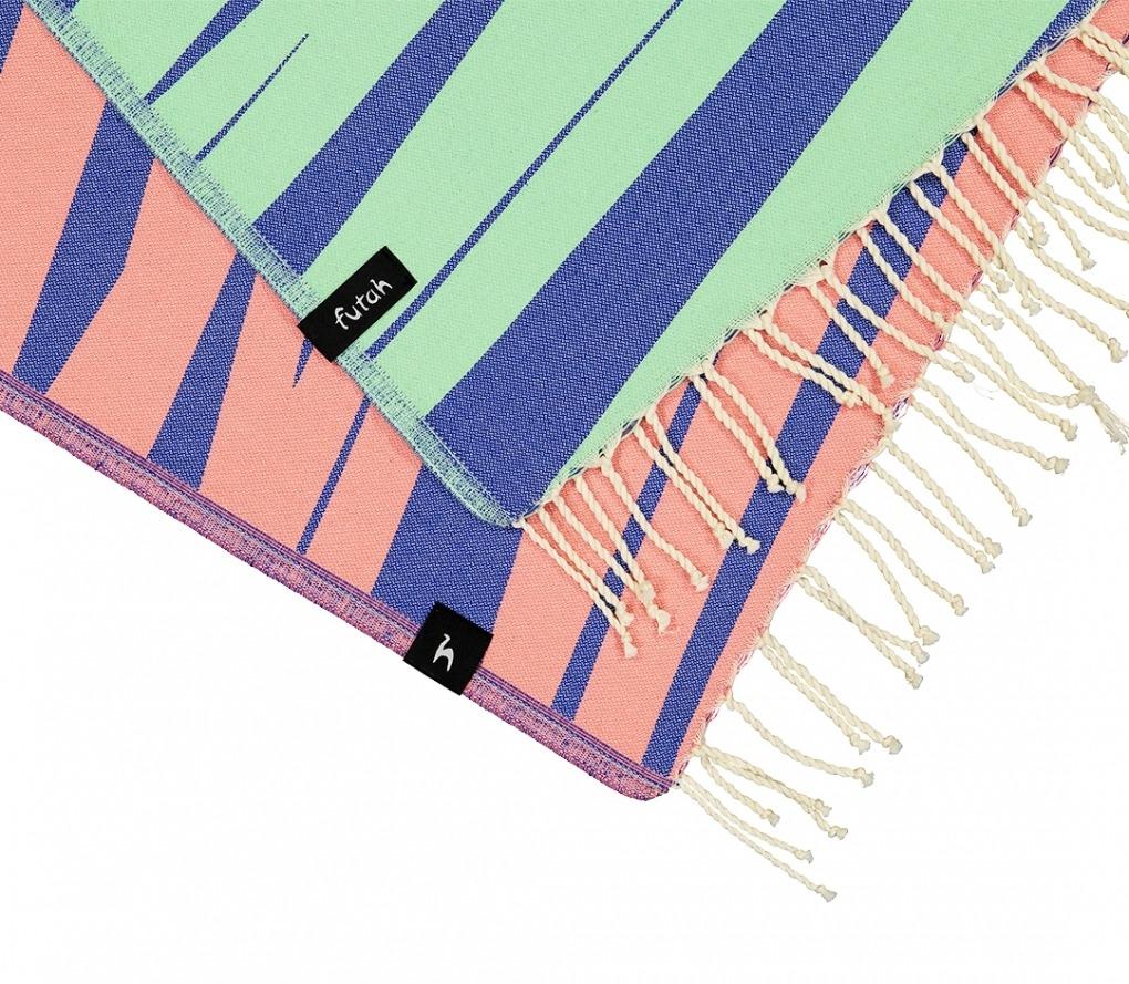 AMOROSA_BLUE_SINGLE BEACH TOWEL_5600373064330_3