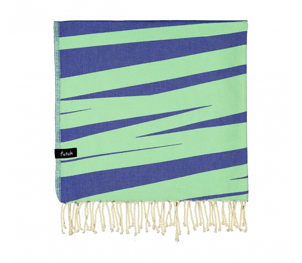 AMOROSA_BLUE_SINGLE BEACH TOWEL_5600373064330_4
